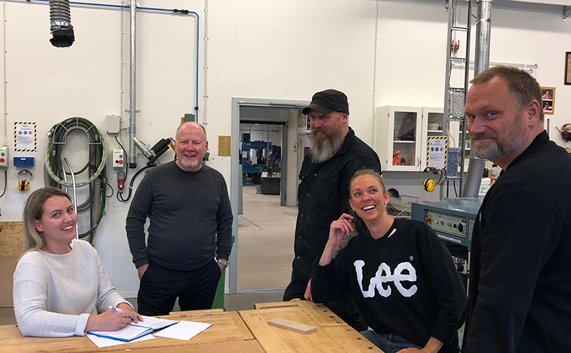 Chatrine Jonsson, former industrial design student, Richard Hainsworth, business coach at Movexum, Rickard Larsson, responsible for workshops in building 45, Lisa Teodorsson, former industrial design student and Lars Löfqvist, head of subject in design.